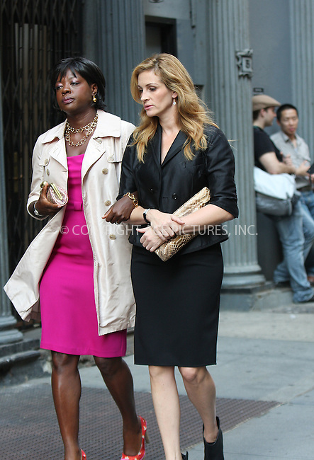 WWW.ACEPIXS.COM . . . . . ....August 20 2009, New York City....Actors Viola Davis and Julia Roberts on the set of the new movie 'Eat Pray Love' on August 20 2009 in New York City....Please byline: AJ SOKALNER - ACEPIXS.COM.. . . . . . ..Ace Pictures, Inc:  ..tel: (212) 243 8787 or (646) 769 0430..e-mail: info@acepixs.com..web: http://www.acepixs.com