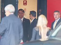 BRASILIA, DF, 06.12.2018 - BOLSONARO-CCBB-   O presidente eleito, Jair Bolsonaro, no CCBB, onde ocorre a transição do Governo, nesta quinta, 06.(Foto:Ed Ferreira/Brazil Photo Press)