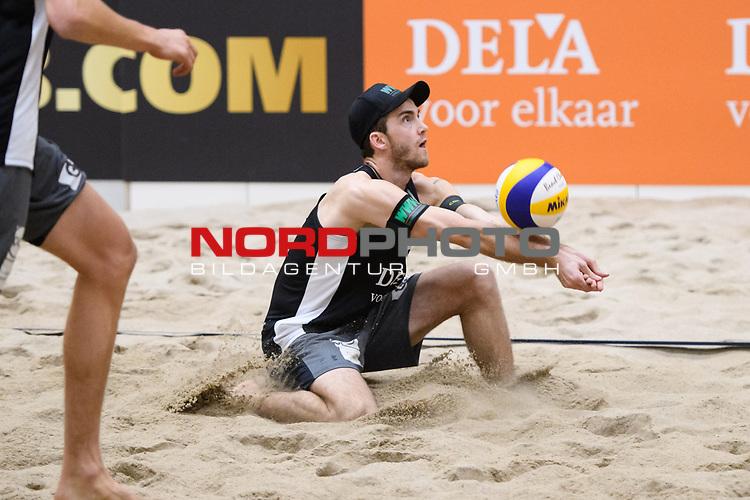 04.01.2019, Den Haag, Sportcampus Zuiderpark<br />Beachvolleyball, FIVB World Tour, 2019 DELA Beach Open<br /><br />Annahme Clemens Wickler (#2)<br /><br />  Foto &copy; nordphoto / Kurth