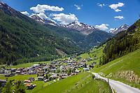 Austria, East-Tyrol, St Jakob in Defereggen:  at background Villgraten Mountains | Oesterreich, Ost-Tirol, St. Jakob im Defereggental:  im Hintergrund Villgratner Berge