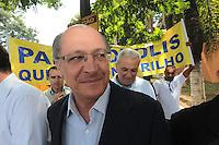 SAO PAULO, 29 DE MARÇO DE 2012. MONOTRILHO LINHA 17 - OURO  . O Governador Geraldo Alckmin   participa da cerimônia de assinatura da Autorização para o início das obras do monotrilho do metrô  da Linha 17 - ouro que ligará o aeroporto de Congonhas ao Morumbi na estação Morumbi da CPTM . FOTO: ADRIANA SPACA - BRAZIL PHOTO PRESS