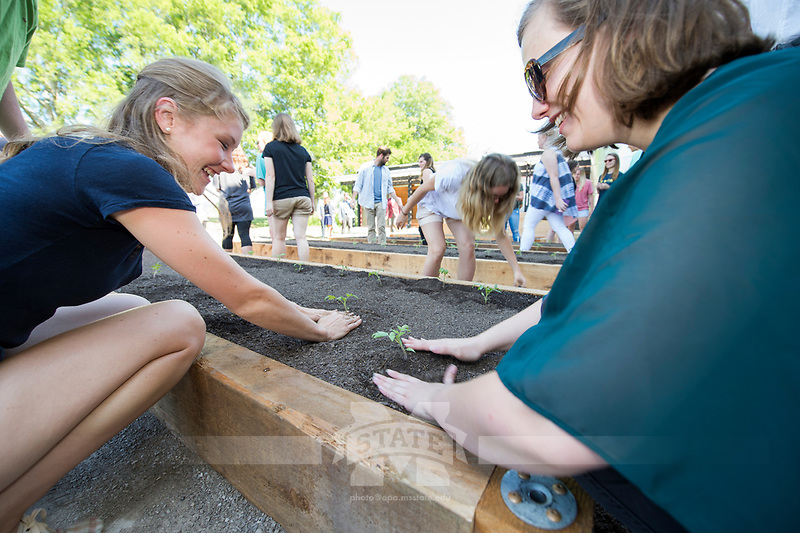 Landscape Architecture Community Garden first-planting day.<br />  (photo by Megan Bean / &copy; Mississippi State University)