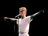 David Bowie - performing live on The Isolar II - The 1978 World  Tour - 1978.  Photo credit: GEMA Images/IconicPix