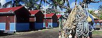 France/DOM/Martinique/ Le Vauclin: le port de pêche- filets et cabanons des pêcheurs