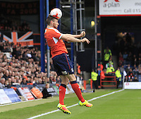 Stephen O'Donnell of Luton Town does well to keep the ball in play during the Sky Bet League 2 match between Luton Town and Mansfield Town at Kenilworth Road, Luton, England on 22 October 2016. Photo by Liam Smith.