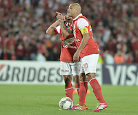 BOGOTÁ-COLOMBIA-11-02-2014. Omar Perez jugador de Santa Fe gesticula durante partido entre Independiente Santa Fe de Colombia y Nacional de Paraguay, por la segunda fase grupo 4, de la Copa Bridgestone Libertadores en el estadio Nemesio Camacho El Campin, de la ciudad de Bogota./ Omar Perez player of Santa Fe gestures during match between Independiente Santa Fe and Nacional of Paraguay for the second phase, group 4, of the Copa Bridgestone Libertadores in the Nemesio Camacho El Campin in Bogota city.  Photo: VizzorImage/ Gabriel Aponte /Staff