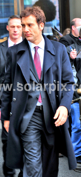 **ALL ROUND PICTURES FROM SOLARPIX.COM**.**SYNDICATION RIGHTS FOR UK AND SPAIN ONLY**.Clive Owen at the Hotel Ritz in Berlin, Germany. 5 February 2009 ..This pic: Clive Owen..JOB REF: 8403 CPR (Mueller/ddp)       .DATE: 05_02_2009.**MUST CREDIT SOLARPIX.COM OR DOUBLE FEE WILL BE CHARGED**.**ONLINE USAGE FEE  GBP 50.00 PER PICTURE - NOTIFICATION OF USAGE TO PHOTO @ SOLARPIX.COM**
