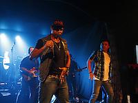 ATENÇÃO EDITOR: FOTO EMBARGADA PARA VEÍCULOS INTERNACIONAIS. SAO PAULO, SP, 26 DE OUTUBRO DE 2012. SHOW DO CANTOR BUCHECHA. O cantor Buchecha durante a apresentação no Club A São Paulo no Hotel  Sheraton na noite desta sexta feira na zona sul da capital paulista. FOTO ADRIANA SPACA/BRAZIL PHOTO PRESS