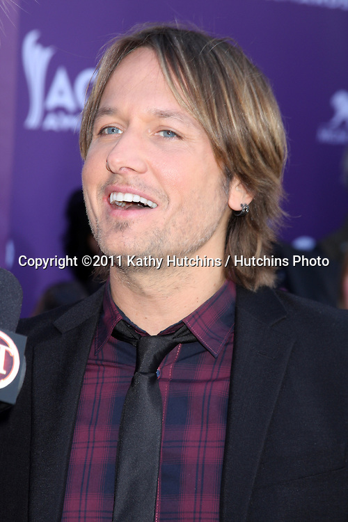 LAS VEGAS - APR 1:  Keith Urban arrives at the 2012 Academy of Country Music Awards at MGM Grand Garden Arena on April 1, 2010 in Las Vegas, NV.