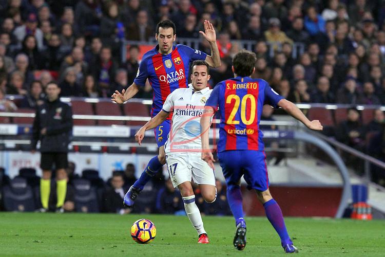 League Santander 2016/2017. Game: 14.<br /> FC Barcelona vs Real Madrid: 1-1.<br /> Sergio Busquets, Lucas Vazquez &amp; Sergi Roberto.