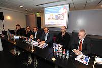 SCHAATSEN: HEERENVEEN: IJsstadion Thialf, 16-11-2012, Persconferentie Friese Consortium 'Yn Streken', vlnr Gerry Meagher (Alynia Architecten), Anni Friesinger, Henk Dedden (Friso), Hein Huisman (Van Wijnen), Ids Postma, Sietse van der Wal (Oranjewoud), ©foto Martin de Jong