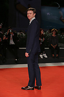"VENICE, ITALY - SEPTEMBER 05: Dane DeHaan walks the red carpet of the ""ZeroZeroZero"" screening during the 76th Venice Film Festival at Sala Grande on September 05, 2019 in Venice, Italy. (Photo by Mark Cape/Insidefoto)<br /> Venezia 05/09/2019"