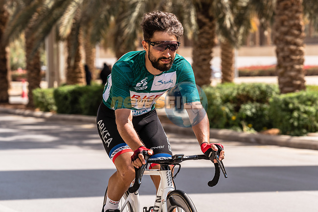 Race leader Green Jersey Nacer Bouhanni (FRA) Team Arkea Samsic before the start of Stage 5 of the Saudi Tour 2020 running 144km from Princess Nourah University to Al Masmak, Saudi Arabia. 8th February 2020. <br /> Picture: ASO/Kåre Dehlie Thorstad | Cyclefile<br /> All photos usage must carry mandatory copyright credit (© Cyclefile | ASO/Kåre Dehlie Thorstad)