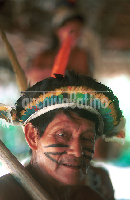 indio Bora en la selva amazonica.+amazonas, indigena * Bora indians in the Amazon jungle *Indiens Boras dans la jungle amazonienne. +indigènes