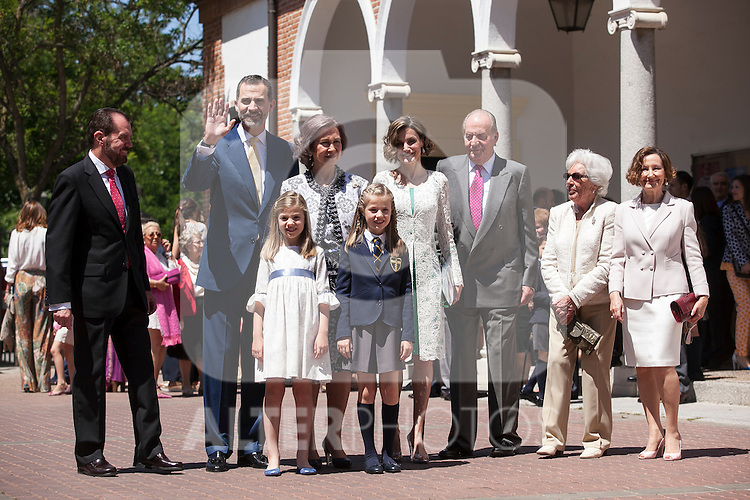 King Juan Carlos I of Spain, Queen Sofia of Spain, King Felipe VI of Spain, Princess Leonor of Spain, Princess Sofia of Spain, Queen Letizia of Spain, Juan Ortiz, Paloma Rocasolano and Menchu pose at the Asuncion de Nuestra Senora Church after celebrating the First Communion of the Princess Leonor of Spain in Madrid, Spain. May 20, 2015. (ALTERPHOTOS/Victor Blanco)