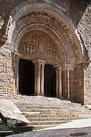 Europe/Europe/France/Midi-Pyrénées/46/Lot/Carennac: Porche et portail sculpté de l'église Saint-Pierre