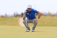 Zach Johnson (USA) lines up his putt on the 6th green during Friday's Round 2 of the 117th U.S. Open Championship 2017 held at Erin Hills, Erin, Wisconsin, USA. 16th June 2017.<br /> Picture: Eoin Clarke | Golffile<br /> <br /> <br /> All photos usage must carry mandatory copyright credit (&copy; Golffile | Eoin Clarke)