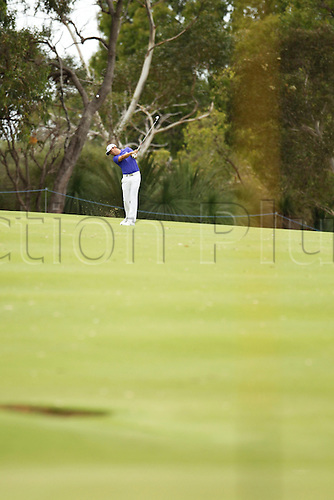 28.02.2016. Perth, Australia. ISPS HANDA Perth International Golf. David Lipsky (USA) plays an approach shot at the 4th during his final round.