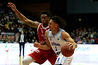 GRONINGEN - Basketbal, Donar - Feyenoord, Dutch Basketbal league, seizoen 2018-2019, 28-10-2018, Donar speler Sean Cunningham met Feyenoord speler Justin Gordon