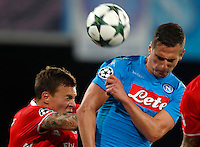 Calcio, Champions League: Napoli vs Benfica. Napoli, stadio San Paolo, 28 settembre 2016.<br /> Benfica's Victor Lindelof, left, and Napoli's Arkadiusz Milik jump for the ball during the Champions League Group B soccer match between Napoli and Benfica at Naple's San Paolo stadium, 28 September 2016. Napoli won 4-2.<br /> UPDATE IMAGES PRESS/Isabella Bonotto