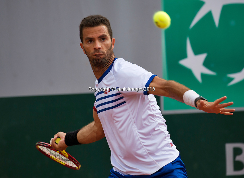 Paris, France, 26 June, 2016, Tennis, Roland Garros, Mixed Doubles:  Jean-Julien Rojer (NED) <br /> Photo: Henk Koster/tennisimages.com