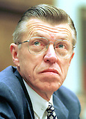 Washington, DC - February 13, 1997 - Robert L. Crandall, Chairman and CEO of American Airlines during testimony before the United States House Subcommittee on Aviation concerning proposals to establish user fees for FAA services in Washington, DC on February 13, 1997.<br /> Credit: Ron Sachs / CNP