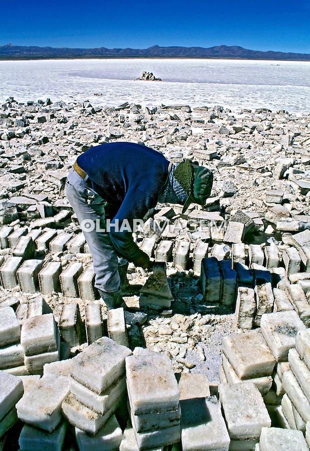 Deserto de sal, Salar do Uyuni. Bolívia. 1997.<br /> Foto de Juca Martins.