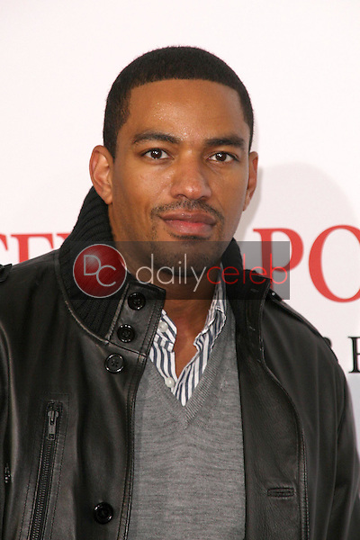 Laz Alonso <br /> at the Los Angeles Premiere of 'Seven Pounds'. Mann Village Theatre, Westwood, CA. 12-16-08<br /> Dave Edwards/DailyCeleb.com 818-249-4998