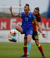 20170914 - TUBIZE ,  BELGIUM : Belgian Laura De Neve (r) pictured defending on Dutch Jill Roord (left)  during the friendly female soccer game between the Belgian Red Flames and European Champion The Netherlands , a friendly game in the preparation for the World Championship qualification round for France 2019, Thurssday 14 th September 2017 at Euro 2000 Center in Tubize , Belgium. PHOTO SPORTPIX.BE | DAVID CATRY