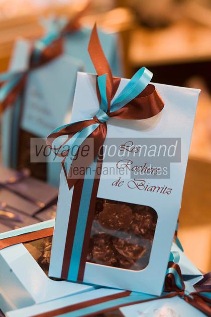 """Europe/France/Aquitaine/64/Pyrénées-Atlantiques/ Biarritz: Les Rochers de Biarritz spécialité de chez """"Henriet"""" Chocolatier Confiseur"""