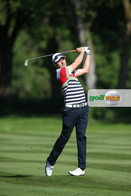 Matthew Nixon (ENG) plays second shot to the 7th during Round One of the 2015 BMW International Open at Golfclub Munchen Eichenried, Eichenried, Munich, Germany. 25/06/2015. Picture David Lloyd | www.golffile.ie