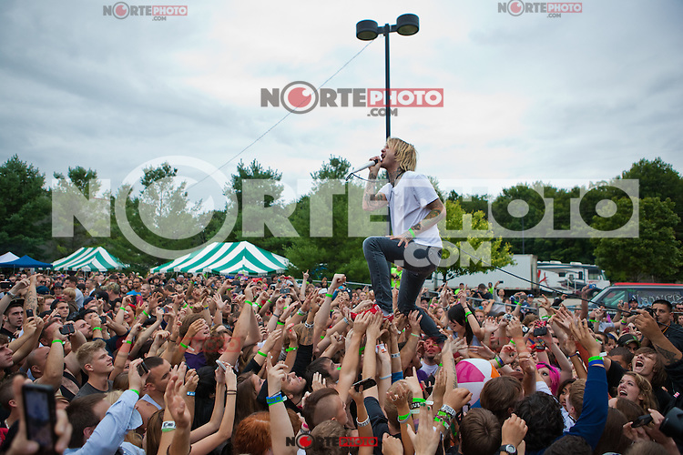 Chiodos performas at  Dirt Fest at The Birch Run Expo Center in Birch Run, Michigan Joe Gall / Mediapunchinc /NortePHOTO.com