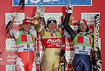 Ski Alpin; Saison 2004/2005 Riesenslalom Soelden Damen Podium; Platz 2 Tanja Poutiainen (FIN,li); Siegerin Anja Paerson (SWE); Platz 3 Maria Jose Rienda Contreras (ESP,re)