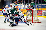 Shawn WELLER (#63 Bietigheim Steelers) \Mirko PANTKOWSKI (#30 Heilbronner Falken) \Patrick KURZ (#96 Heilbronner Falken) \ beim Spiel in der DEL2, Bietigheim Steelers (dunkel) -  Heilbronner Falken (hell).<br /> <br /> Foto © PIX-Sportfotos *** Foto ist honorarpflichtig! *** Auf Anfrage in hoeherer Qualitaet/Aufloesung. Belegexemplar erbeten. Veroeffentlichung ausschliesslich fuer journalistisch-publizistische Zwecke. For editorial use only.