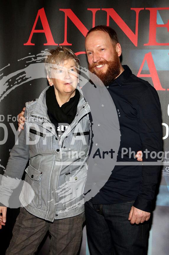 Anne Clark und Claus Withopf bei der Premiere des Dokumentarfilms 'Anne Clark - I'll Walk Out Into Tomorrow' im Kino in der Kulturbrauerei. Berlin, 24.01.2018