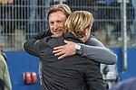 08.09.2017, Volksparkstadion, Hamburg, GER, 1.FBL, Hamburger SV vs RB Leipzig<br /> <br /> im Bild<br /> Markus Gisdol (Trainer Hamburger SV) begr&uuml;&szlig;t / umarmt Ralph Hasenh&uuml;ttl / Hasenhuettl (Trainer RB Leipzig #Trainer Headcoach), <br /> <br /> Foto &copy; nordphoto / Ewert