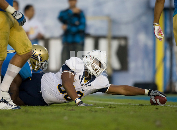 Anthony Miller of California tries to score a touchdown during the game against UCLA at Rose Bowl in Pasadena, California on October 29th, 2011.  UCLA defeated California, 31-14.