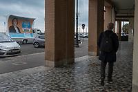 Roma 27 Ottobre, 2017 .Campagna elettorale nelle strade di Ostia. Electoral campaign at Ostia beach