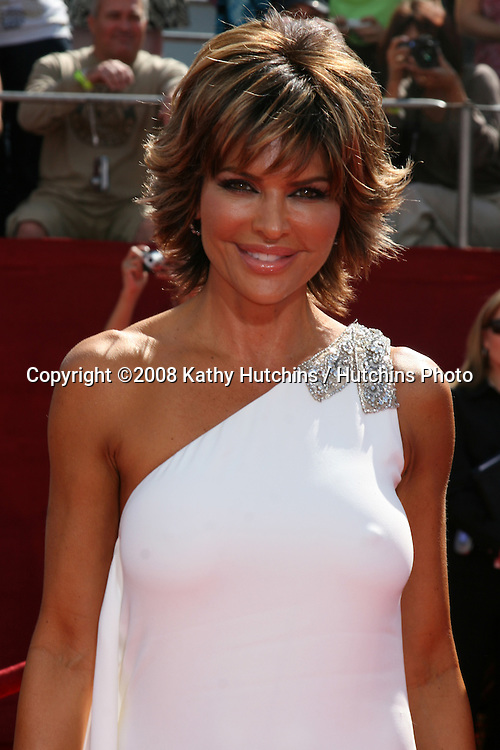 Lisa Rinna.arriving at the Primetime Emmys at the Nokia Theater in Los Angeles, CA on.September 21, 2008.©2008 Kathy Hutchins / Hutchins Photo....