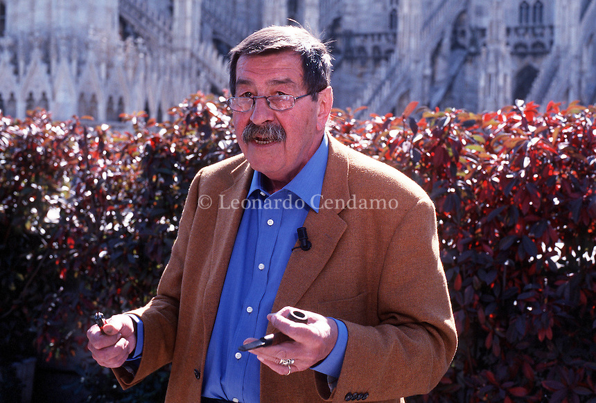 2000: GUNTER GRASS WRITER © Leonardo Cendamo