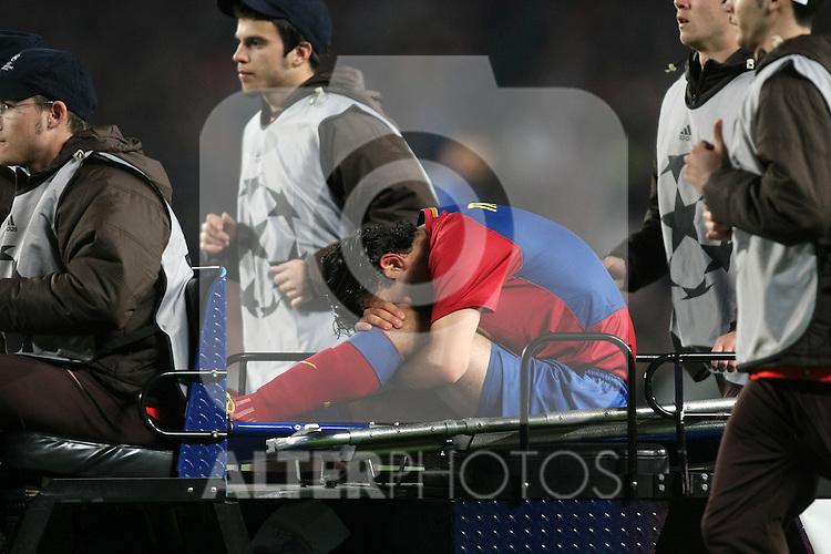 FC Barcelona's Rafa Marquez injured during the UEFA Champions League match.April 28 2009. (ALTERPHOTOS/Acero).