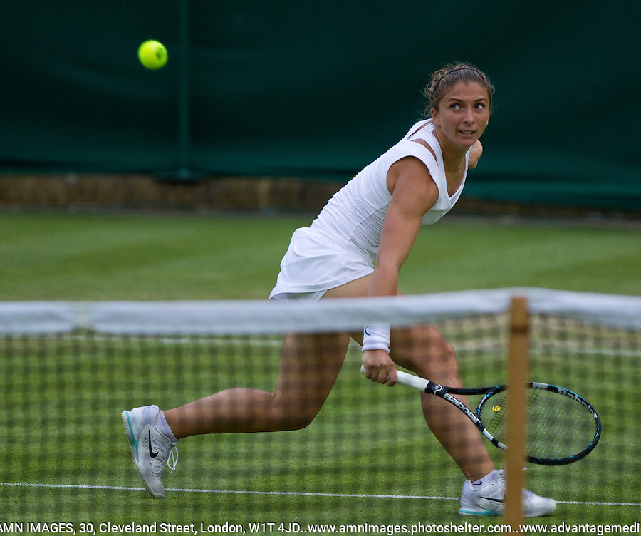SARA ERRANI..Tennis - Grand Slam - The Championships Wimbledon - AELTC - The All England Club - London - TUE June 26th 2012. .© AMN Images, 30, Cleveland Street, London, W1T 4JD.Tel - +44 20 7907 6387.mfrey@advantagemedianet.com.www.amnimages.photoshelter.com.www.advantagemedianet.com.www.tennishead.net