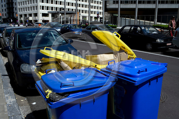 BRUSSELS - BELGIUM - 17 JUNE 2008 -- EU sets new recycling targets to be achieved by the Member States by 2020, including recycling rates of 50% for household and similar wastes and 70% for construction and demolition waste. Here recycling containers with paper and glass, plastics, metal and more.  Photo: Erik Luntang/EUP-IMAGES