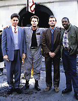 Ghostbusters (1984) <br /> Bill Murray, Ernie Hudson, Dan Aykroyd &amp; Harold Ramis<br /> *Filmstill - Editorial Use Only*<br /> CAP/KFS<br /> Image supplied by Capital Pictures