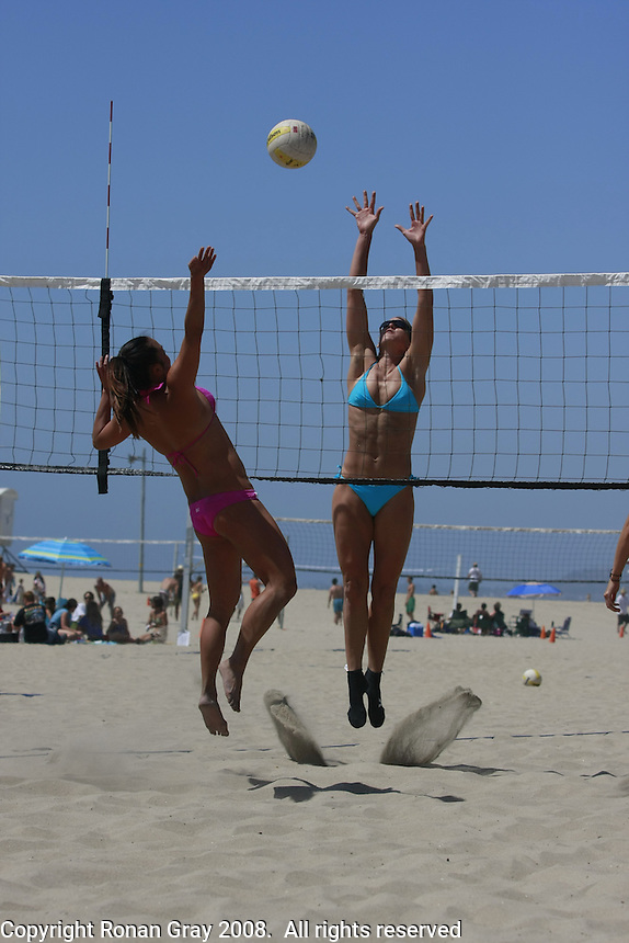 Saturday May 3, 2008 Ocean Beach, CA, USA.  West Coast Volleyball Tournament.