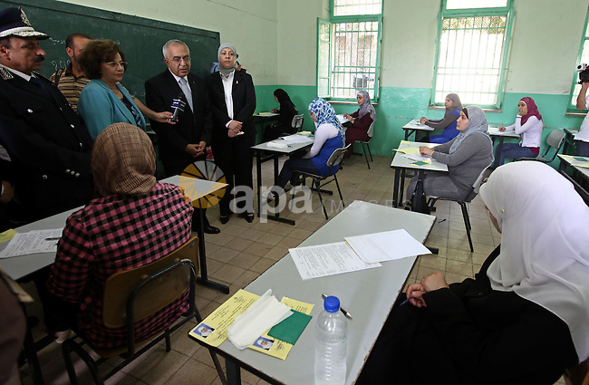 Palestinian Prime Minister Salam Fayyad during his tour in several high schools in Ramallah and Al Bireh district to check on students who are taking the main Highs school exams (Tawjehe) on June 12,2010. Photo by Mustafa Abu Dayeh\pool