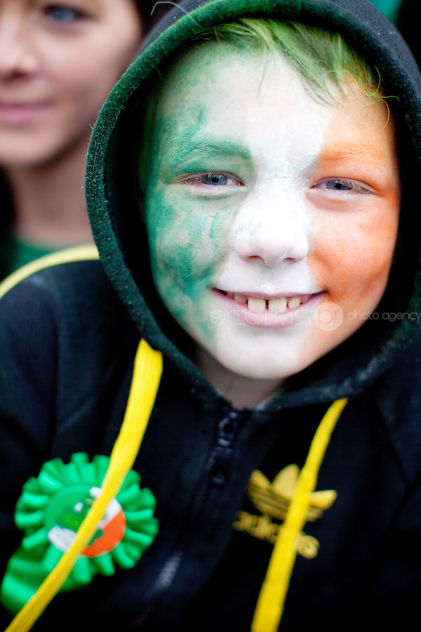 17/3/2011. ST PATRICKS DAY DUBLIN. 9yr old Brian O Donoghue is pictured on College Green enjoying the Dublin St Patricks Day Parade. Picture James Horan/Collins Photos