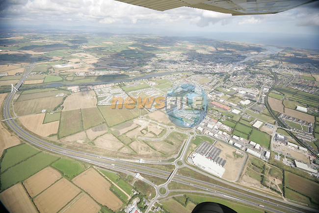 Aerial photograph of Drogheda and surrounding areas showing the M1 south of the Boyne Bridge. 02/09/05...Photo NEWSFILE/Fran Caffrey.(Photo credit should read Fran Caffrey/NEWSFILE)....This Picture has been sent you under the condtions enclosed by:.Newsfile Ltd..The Studio,.Millmount Abbey,.Drogheda,.Co Meath..Ireland..Tel: +353(0)41-9871240.Fax: +353(0)41-9871260.GSM: +353(0)86-2500958.email: pictures@newsfile.ie.www.newsfile.ie.FTP: 193.120.102.198...This picture is from Fran Caffrey@newsfile.ie