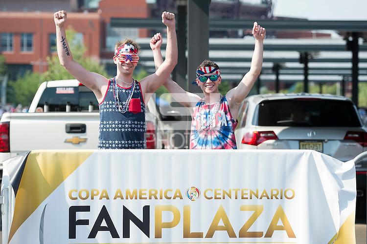 Action photo during the match USA vs Paraguay at Lincoln Financial Field, Copa America Centenario 2016. ---Foto  de accion durante el partido USA vs Paraguay, En el Lincoln Financial Field, Partido Correspondiante al Grupo - D -  de la Copa America Centenario USA 2016, en la foto: Fans