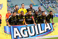 CALI - COLOMBIA -01-05-2016: Los jugadores de Alianza Petrolera, posan para una foto, durante partido entre Deportivo Cali y Alianza Petrolera, por la fecha 16 de la Liga Aguila I-2016, jugado en el estadio Deportivo Cali (Palmaseca)  de la ciudad de Cali.  / The Players of Atletico Huila, pose for a photo, during a match between Deportivo Cali y Alianza Petrolera, for the date 16 of the Liga AguilaI-2016 at the Deportivo Cali (Palmaseca) stadium in Cali city. Photo: VizzorImage  / Nelson Rios / Cont.